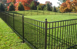 Aluminum fencing contractor of Nashville